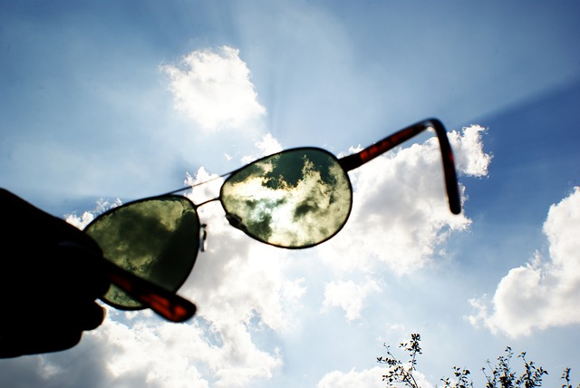 5 TIPS FOR SUMMER EYE HEALTH
